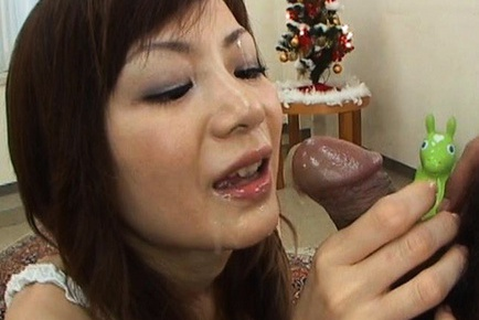 Anna Watase Japanese Jezebel gives a hot blow job