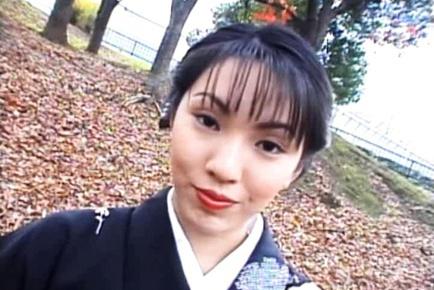 Seire Mochizuki In A Kimono Sucks Off Two Dicks