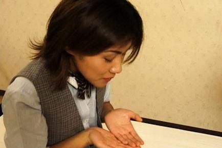 Fumika Uesugi gives a hot blowjob
