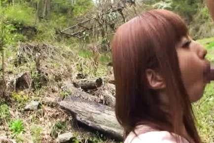 Kokomi Naruse hot outdoor blowjob with cum in her mouth