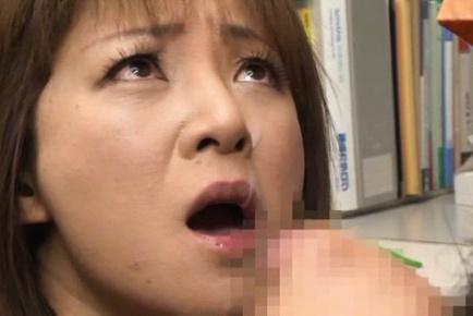 Cock sucking skills of Ai Komori are good