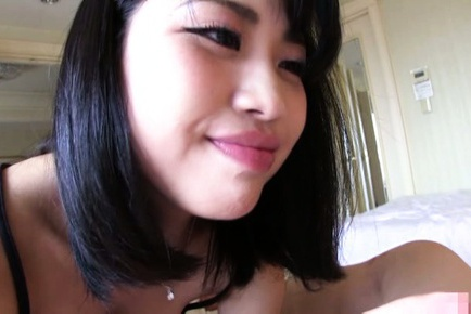 Young Kana Matsui gives amazing oral sex