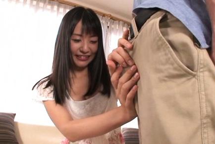 Small-titties Japanese AV pornstarTsubomi sucks cock on POV